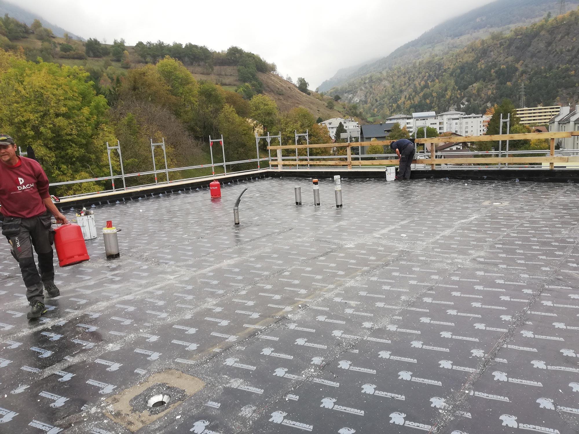 ABDACH AG in Brig Glis, Wallis – Flachdacharbeiten in Naters