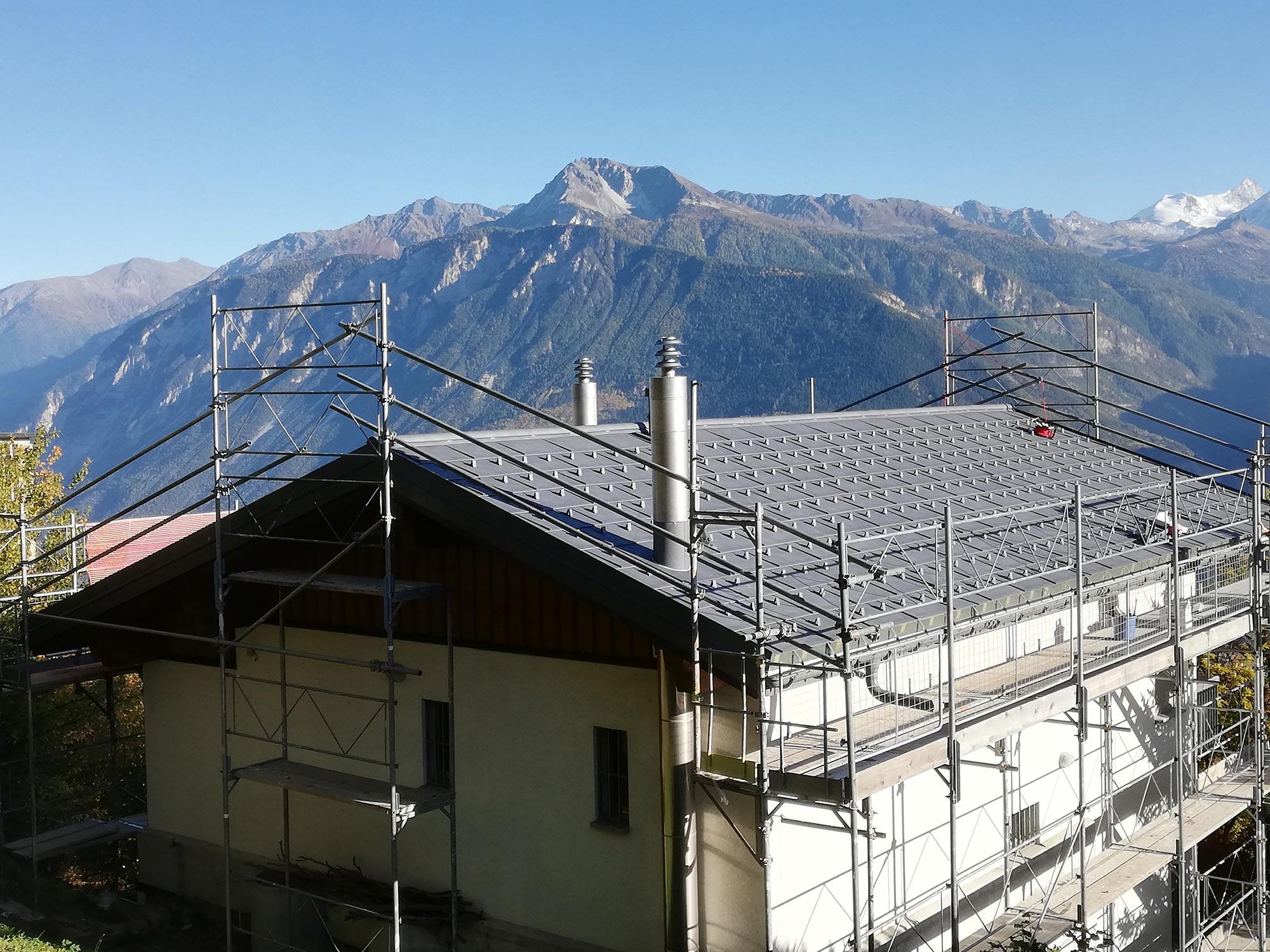 ABDACH AG in Brig Glis, Wallis – Dachsanierung in Montana –PREFA